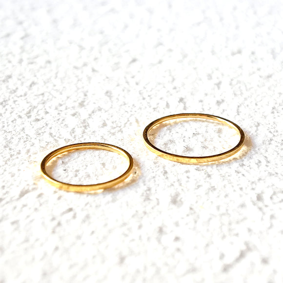 Narrow Stacking Rings, Gold