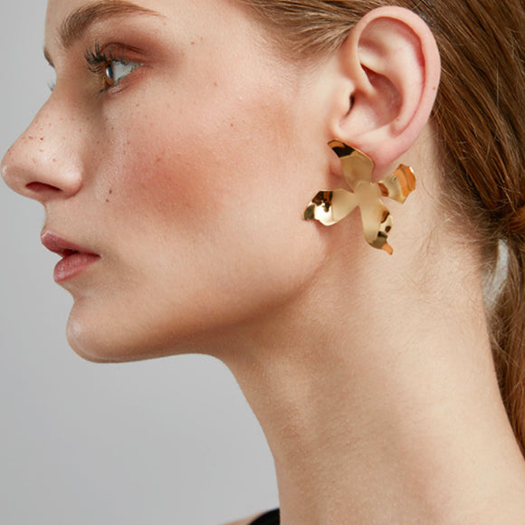 Modern Maiden Earrings, Gold