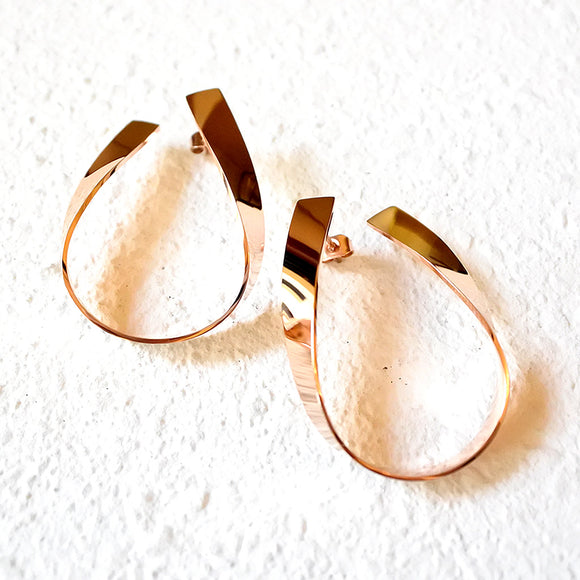 Twisted Metal Hoops, Rose Gold