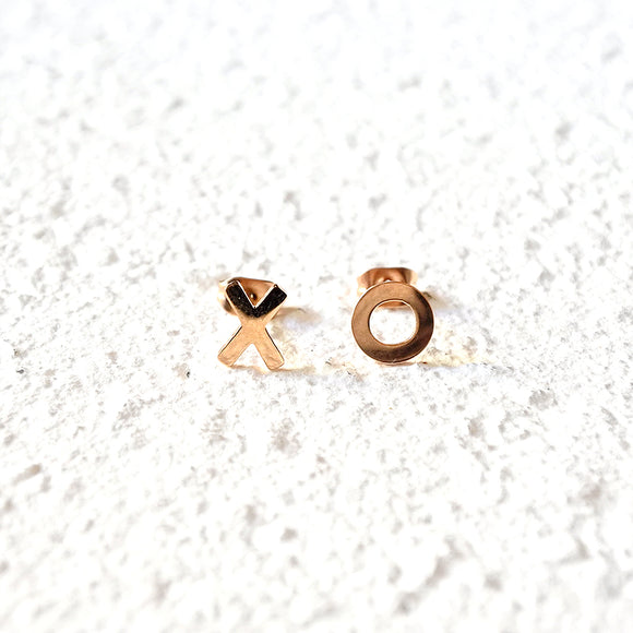 XO Stud Earrings, Rose Gold