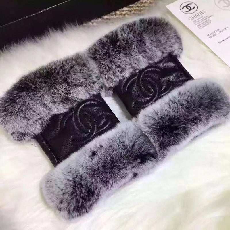 CC GLOVES WITH FUR