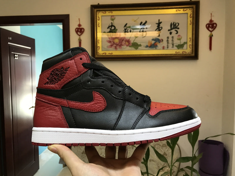"Air Jordan 1 Retro High OG BRED ""BANNED"" 555088-001"