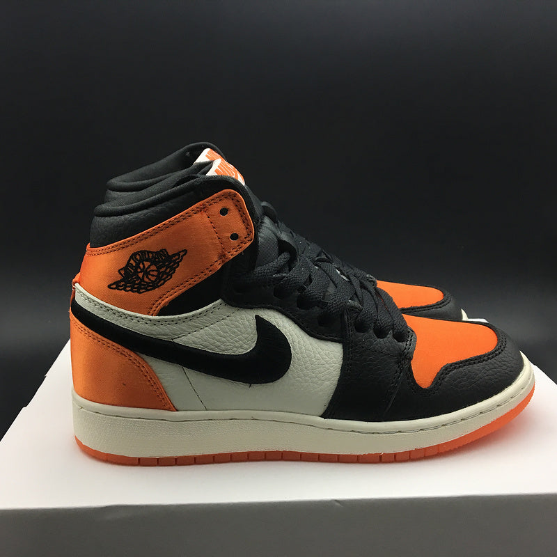 "Air Jordan 1 Retro High OG GS Satin ""Shattered Backboard"" AV3725-010"
