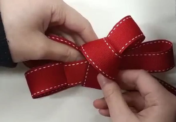 Four Loop Bow