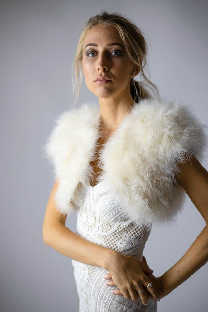 Plume Champagne Feather Bolero - Mode & Affaire