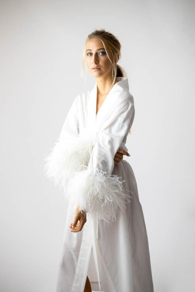 Peggy Bridal Dressing Gown in Snow - Mode & Affaire