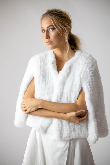 Ava Faux Cape in Snow - Mode & Affaire