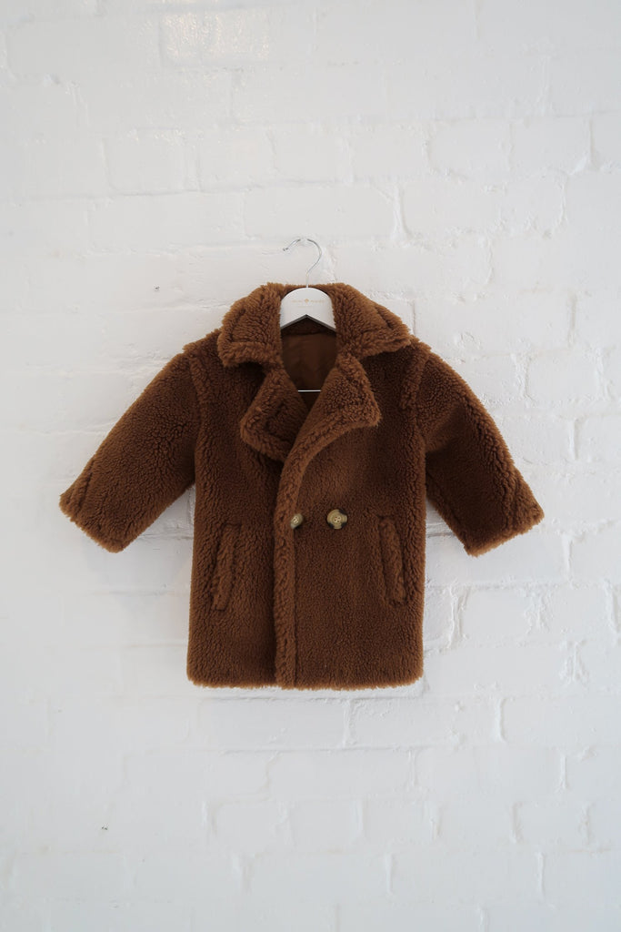 Mini Jasper Faux Teddy Coat in Butterscotch - Mode & Affaire