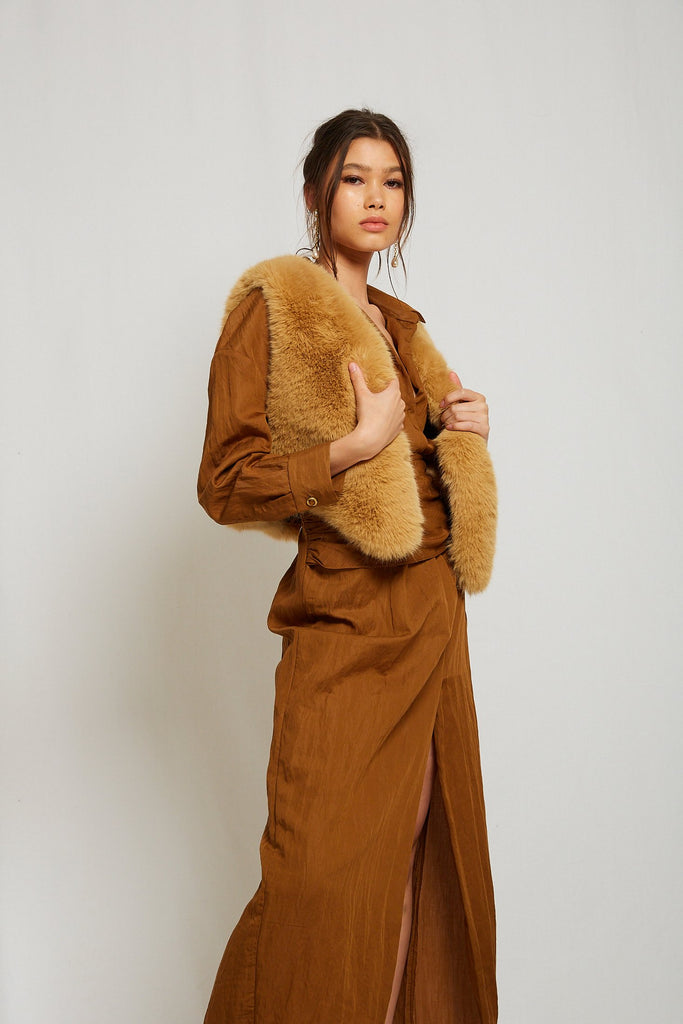 Chloé Faux Fur Vest in Caramel - Mode & Affaire