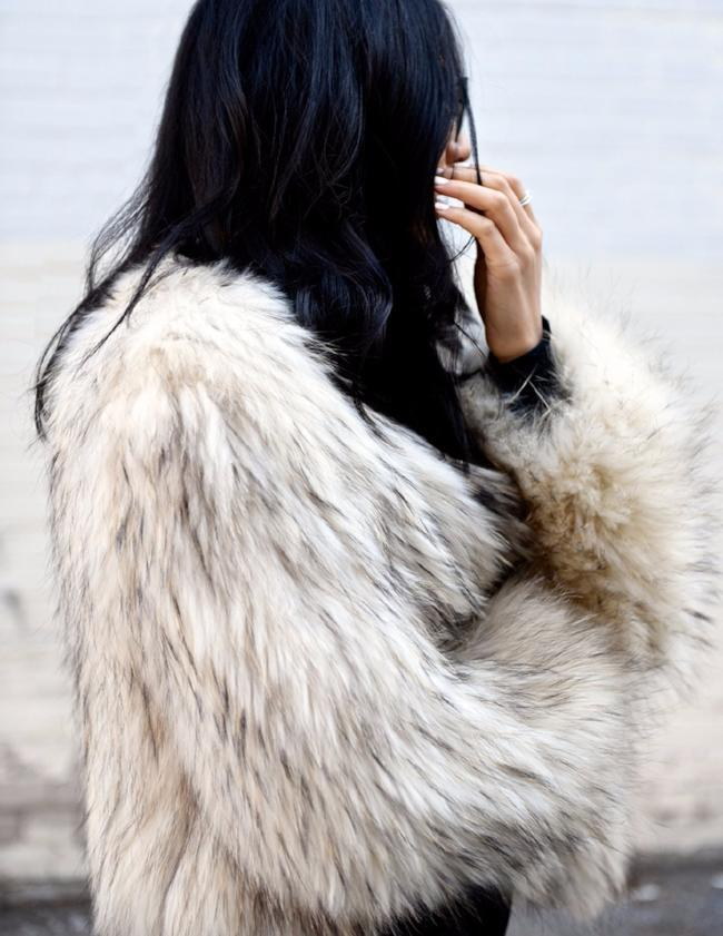 Exotique Real Fur Jacket in Snow with Flecks - Mode & Affaire