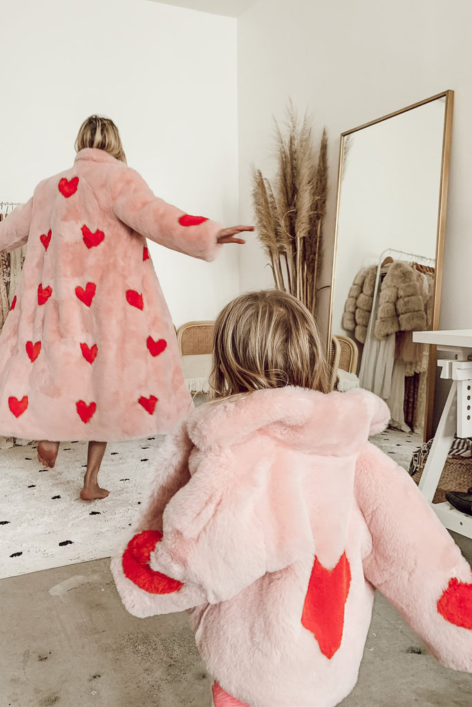 Queen Of Hearts Mini Faux Coat - Mode & Affaire