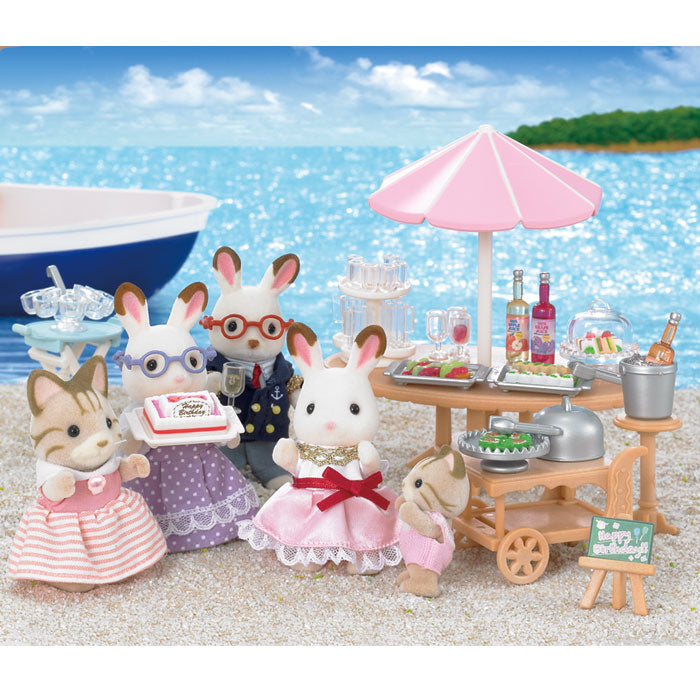 Sylvanian Families - Seaside Birthday Party - Grace Baby