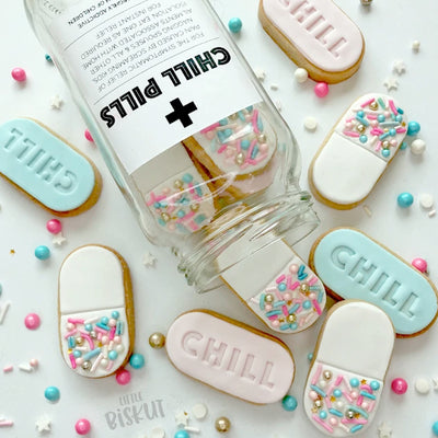 Little Biskut - Cookie Cutter and Embosser Set -Chill Pill