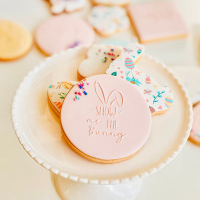 Reverse Cookie Embosser - Show me the Bunny