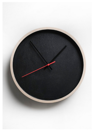 Deep Frame Round Clock – Black