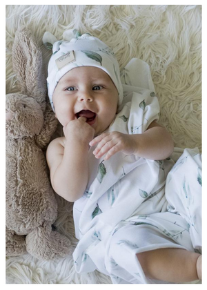 Spring leaves swaddle blanket & newborn double knot beanie set