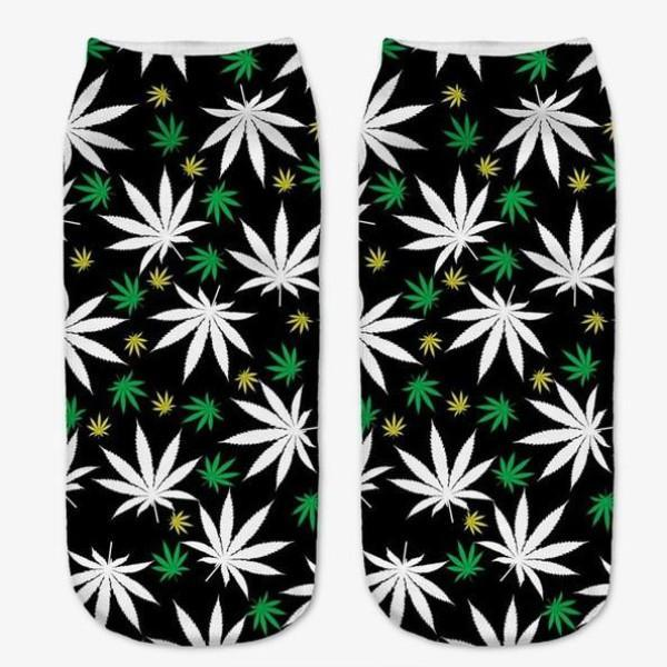 White Weeds Ankle Socks