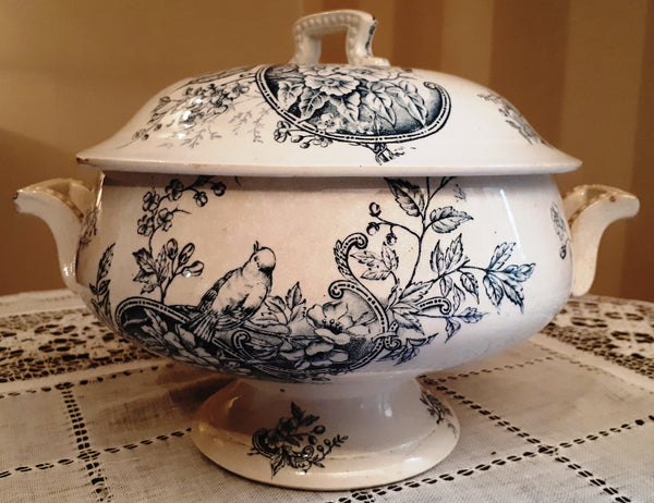 Soup tureen bird and flowers