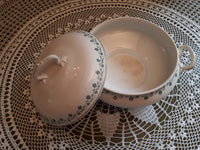 Soup tureen Georgette