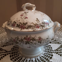 Soup tureen little pink flowers