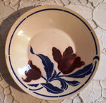 Plate tulip and blue leaves n° 97