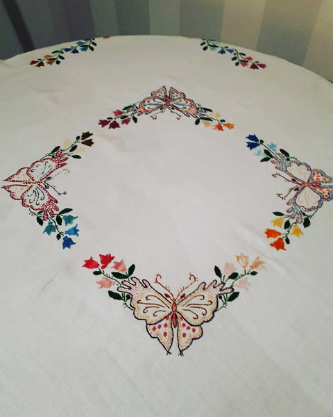 Tablecloth 4