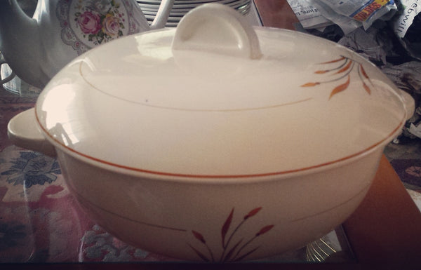 Soup tureen cereal