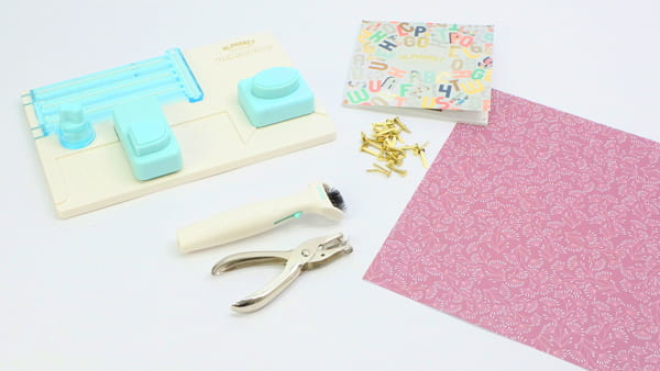 materiales necesarios tutorial guirnalda de letras punch board we r memory keepers