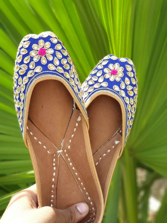 Blue Droplets Handcrafted Women's Punjabi Leather Jutti