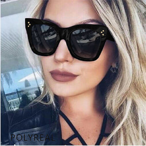 POLYREAL 2017 New Fashion Square Sunglasses Women Brand Designer Summer Style Sun Glasses for Ladies Female Rivet Shades UV400