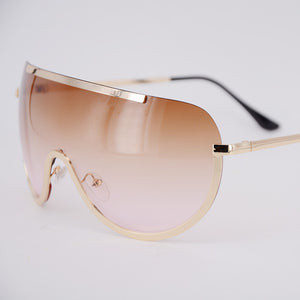 Wholesale Women's Beach Sunglasses in Black Pink and Purple Fashion Designer Lady Sun Glasses Clear Extra VBig Frame Brown China