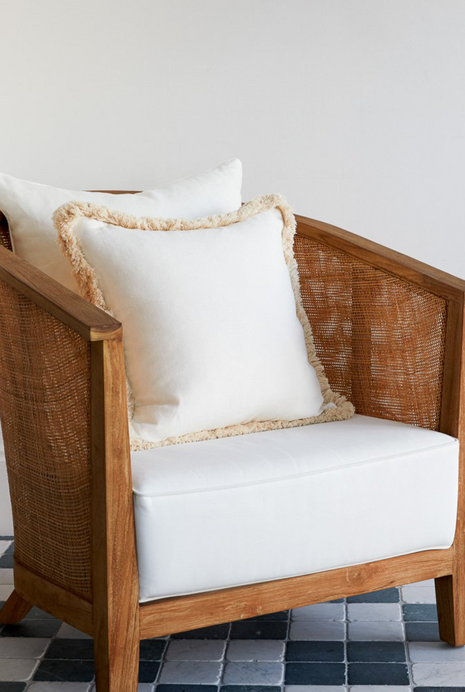 Lucy Montgomery Cushion - Belgium White/Brush Fringe