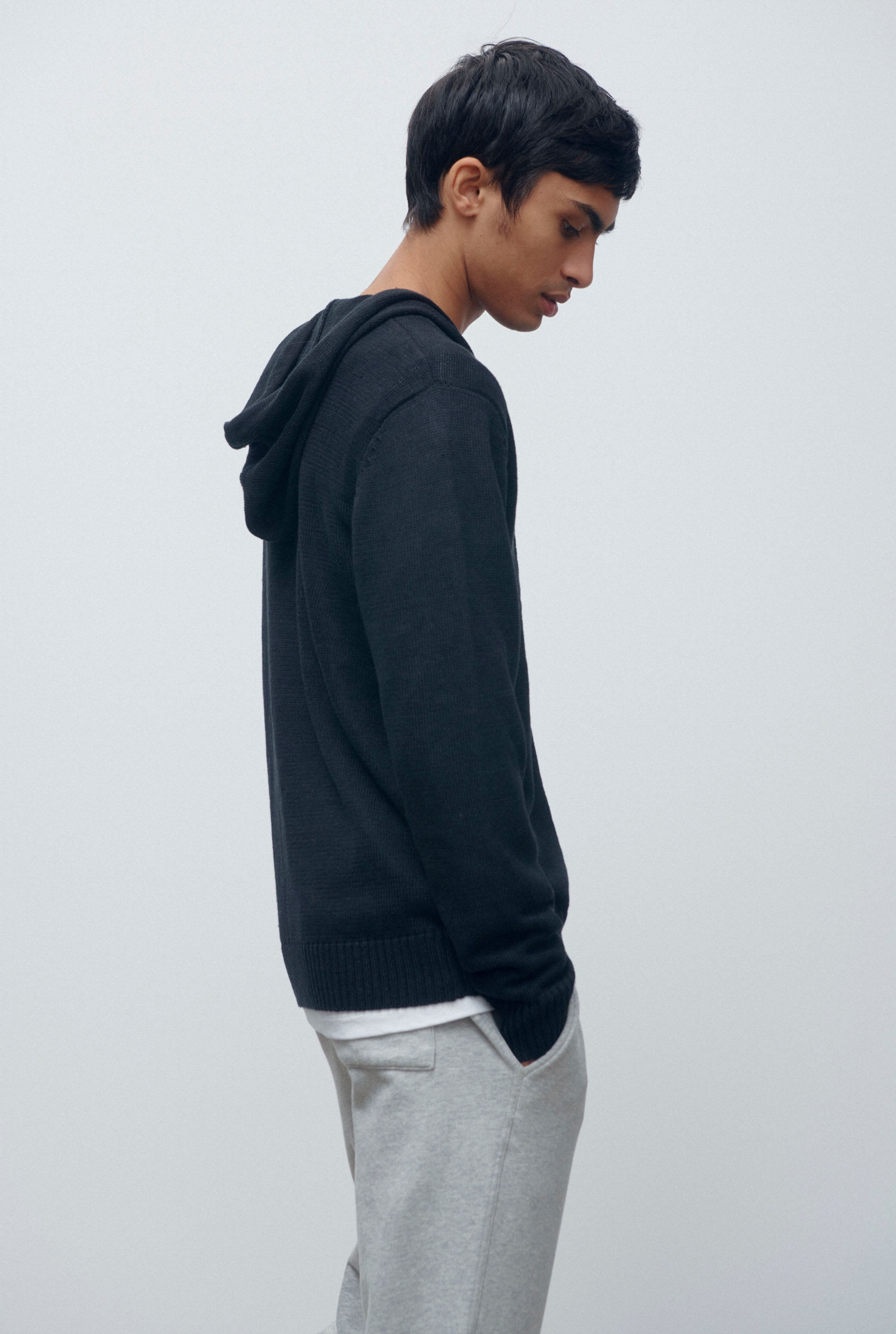 Knitted Linen Hoodie - Black