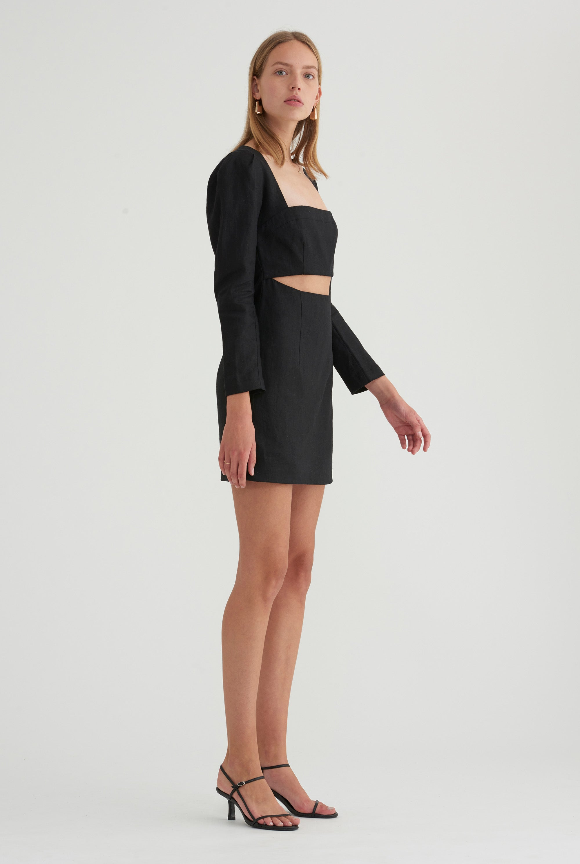 Linen Sleeved Dress - Black