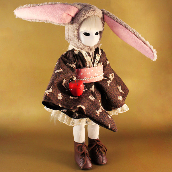 Dasy CUSTOM COUTURE Little Apple Doll