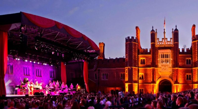 Experience Champagne PIAFF at the Hampton Court Palace Festival