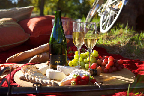 Champagne PIAFF is the perfect accompaniment to a picnic, and so says Luxury London