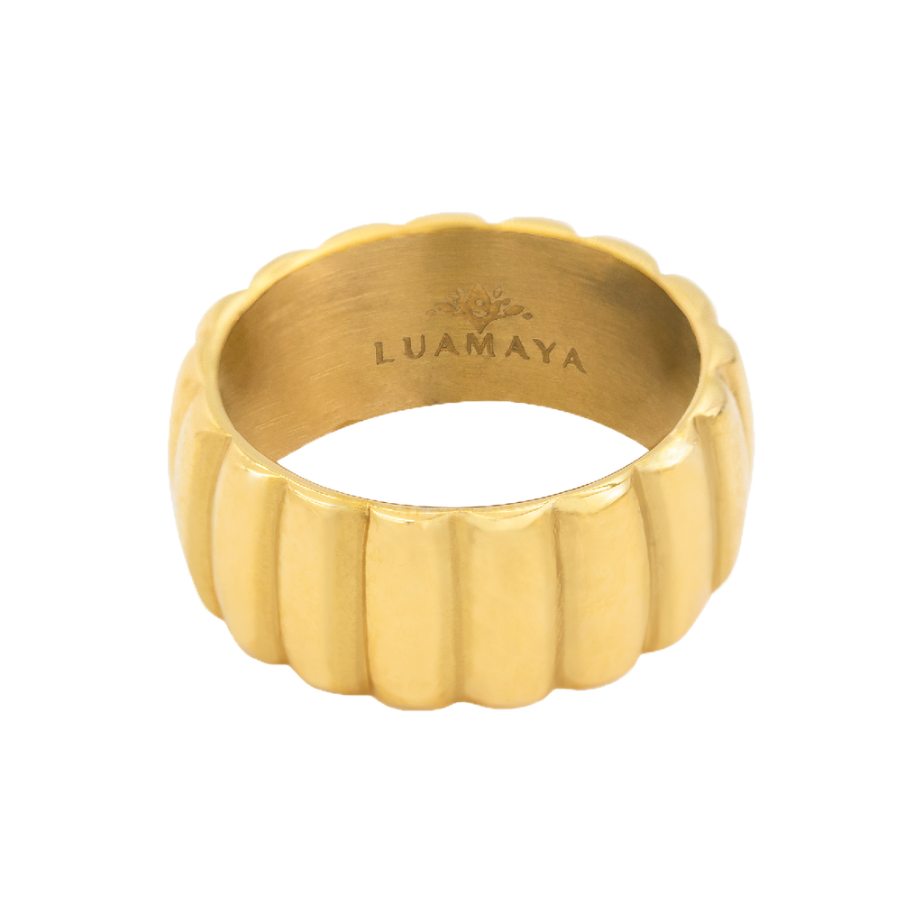 Azora Ring Gold