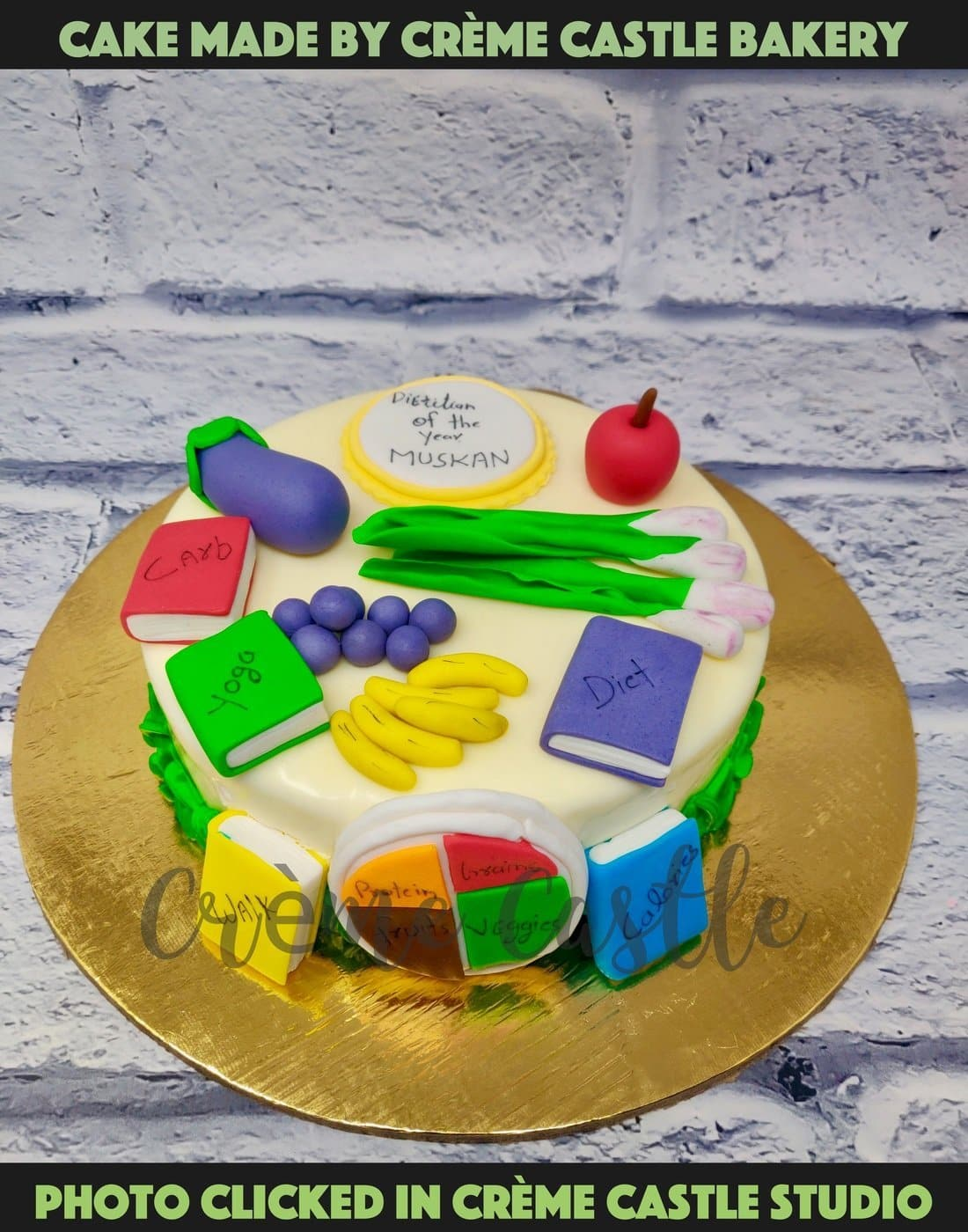 A cake for someone who loves to lead a healthy life and believes is healthy food. Well, on birthday, certainly one can indulge.