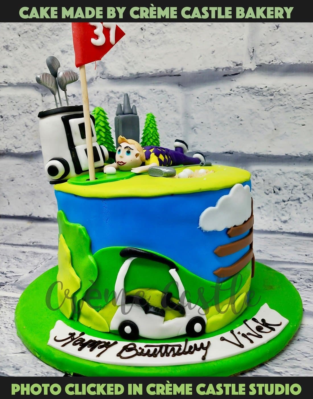 A cake for an avid golf player who likes to play golf and is a champion at it. A cake with all relevant golf related stuff on the cake