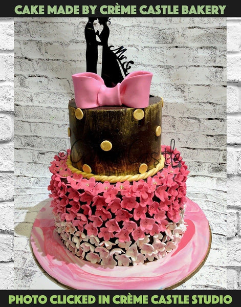 Pink and golden on chocolate theme - cremecastle