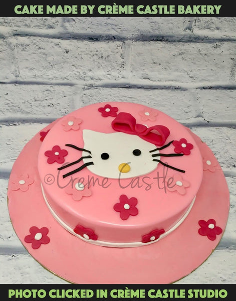 Hello Kitty Fan - cremecastle