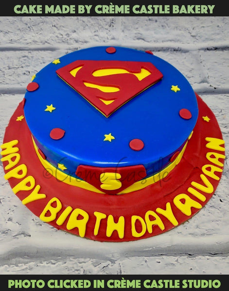 Superman Theme Cake - cremecastle