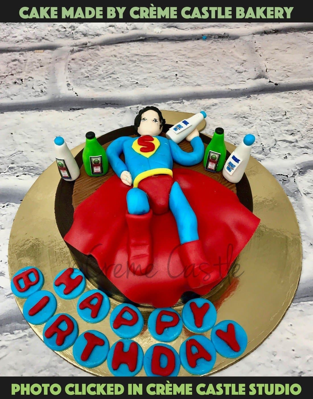 Drunk Superman Cake - cremecastle