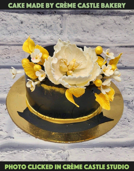 Golden Flowers Cake - cremecastle