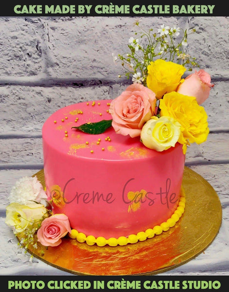 Fresh Flowers Cake - cremecastle