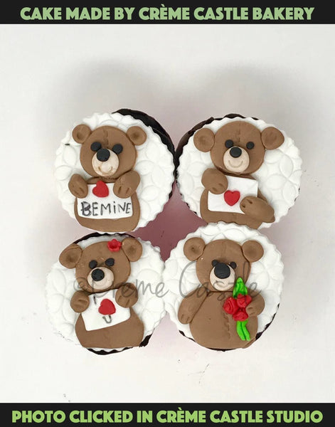 4 Teddy Bears - cremecastle