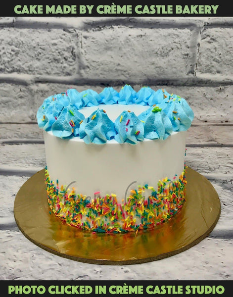 Blue colorful cake - cremecastle
