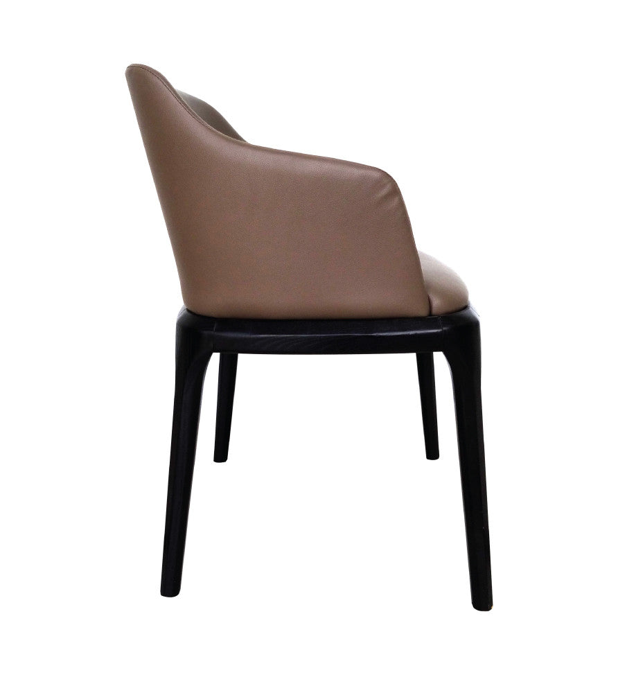 GRACE ARM LOUNGE CHAIR