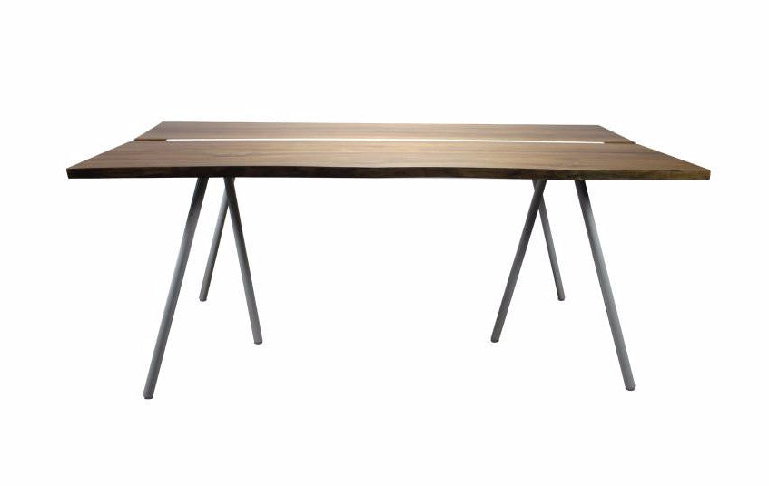 SVÄRD DINING TABLE